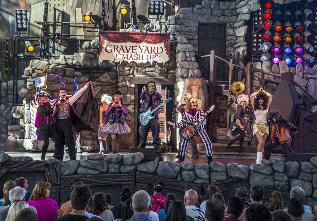 Universal Orlando Resort is introducing a brand-new version of the popular, live Beetlejuice stage show featuring the classic Universal Monsters and Òthe ghost with the mostÓ Ð Beetlejuice, Beetlejuice, BEETLEJUICE. The new show, ÒBeetlejuice's Gravey Nerdipop